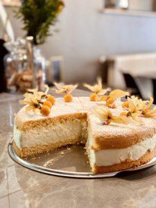 Täglich selbstgebackene  Kuchen